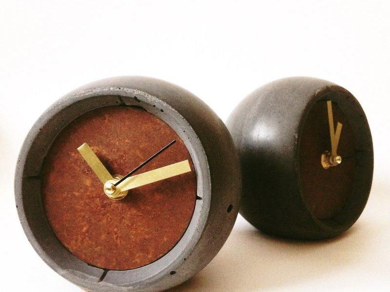Дизайнерские настольные часы из бетона 13 o'clock