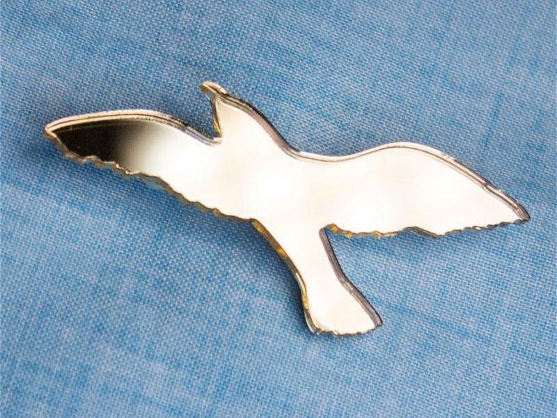 Значок MARKOV DESIGN Золотая чайка