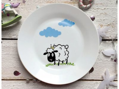 Фарфоровая тарелка Долли