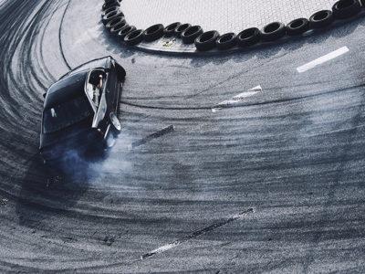 Дрифт на Nissan Silvia S15