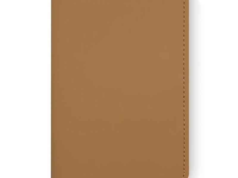 Artskilltouch кожаная обложка на паспорт умбра