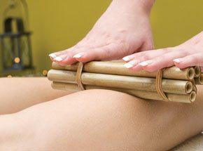 Тонизирующий бразильский массаж бамбуковыми палочками