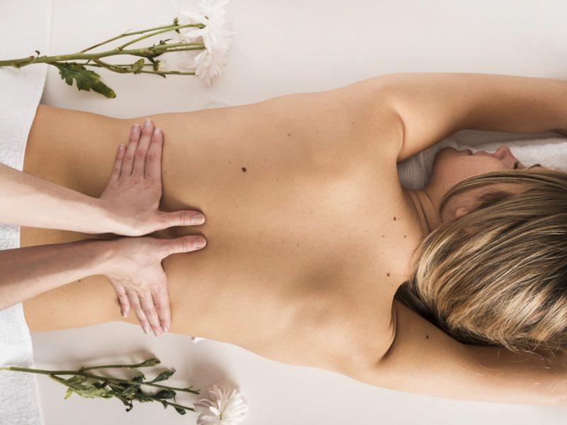 Восстанавливающий и очищающий уход для спины