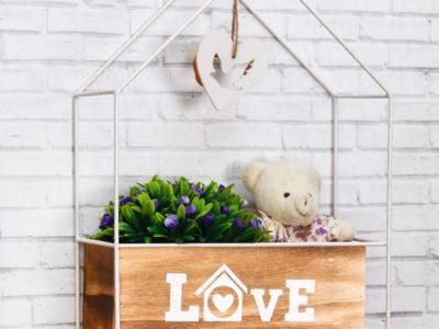 Декоративная полка-ящик Love