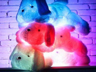 Большая светящаяся плюшевая собака
