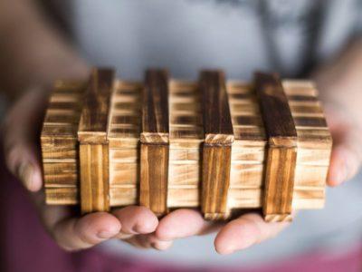 Деревянная шкатулка-головоломка