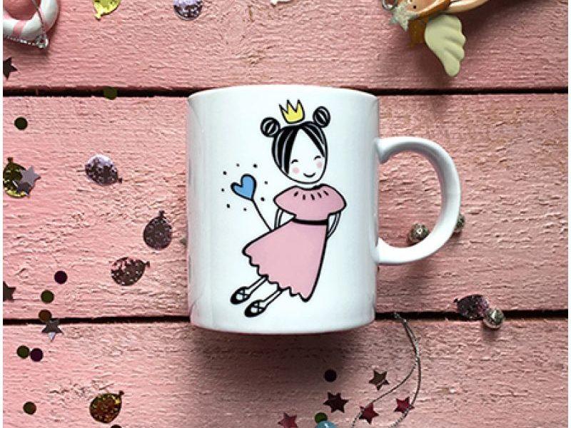 Фарфоровая кружка Маленькая королева