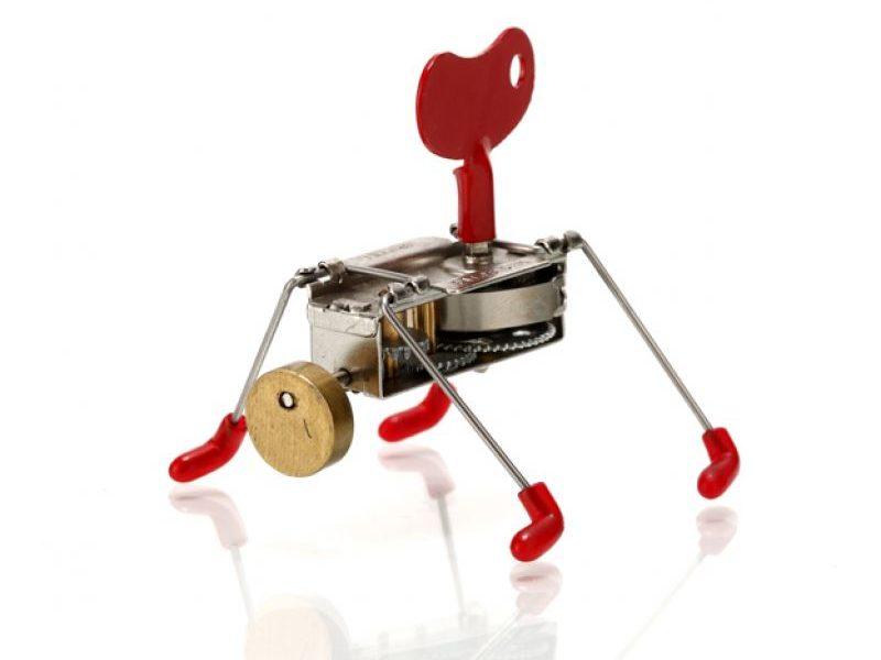Механическая заводная игрушка Spinney