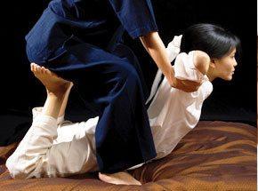 Тайский традиционный массаж с элементами йоги