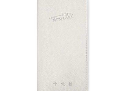 Холдер кожаный для документов Artskill Travel Белый